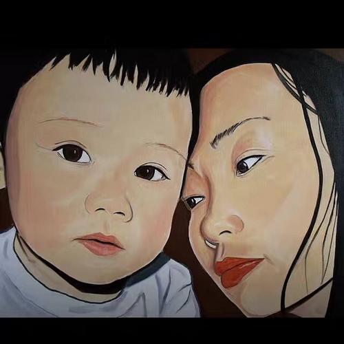 短头发的小男孩,画面中透出温馨的母爱