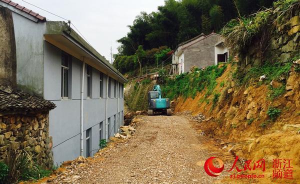 """浙江三门珠岙:27个村实现""""一肩挑"""""""