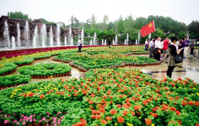 嘉兴:鲜花簇拥南湖喜迎国庆中秋