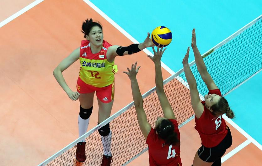 中国女排3:0胜比利时队