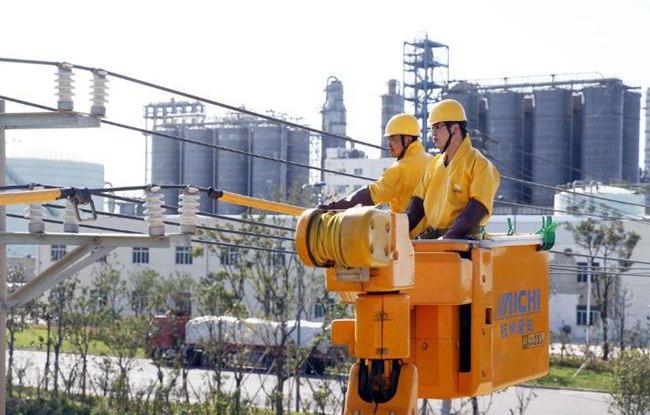 宁波供电保用电稳定 让市民清凉度夏