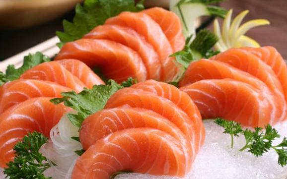 虹鳟鱼和三文鱼要成一家人啦?