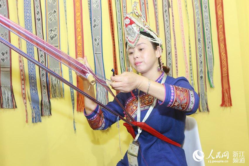 第11届中国义乌国际森林产品博览会开幕